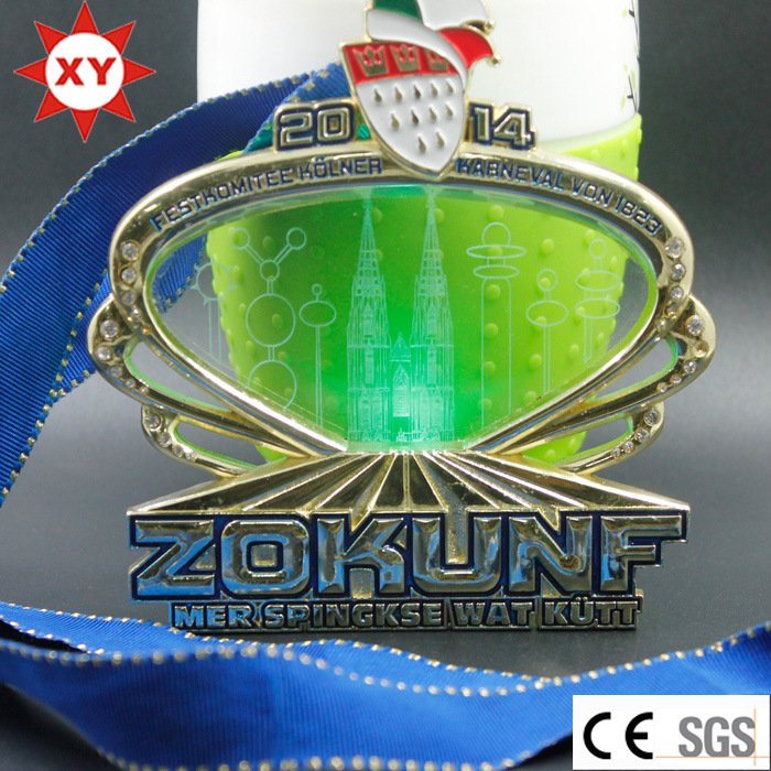 Medal Factory Price LED Flashlight Gold Medal with Crystal